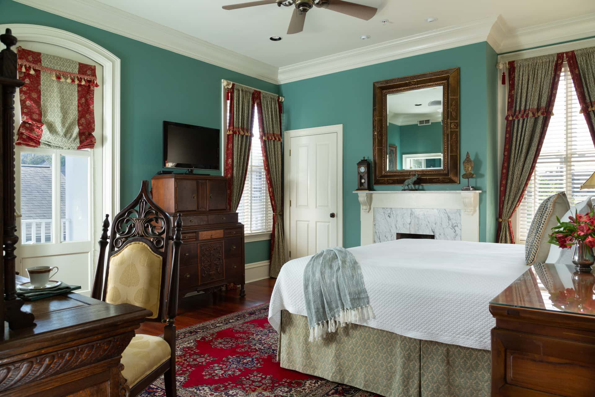 luxurious room at Savannah bed and breakfast